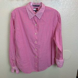 Classic Tommy Hilfiger Button Down long sleeve